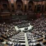 Poslanci talianskeho parlamentu vyslovili dôveru novej vláde, napínavejšie hlasovanie bude v Senáte