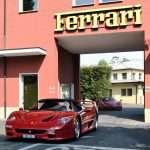 Ferrari zastavuje výrobu do 27. marca.
