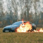 Rus zapálil Mercedes-AMG GT63 S 4-door coupe. Mercedes mu nevedel odstrániť problémy.