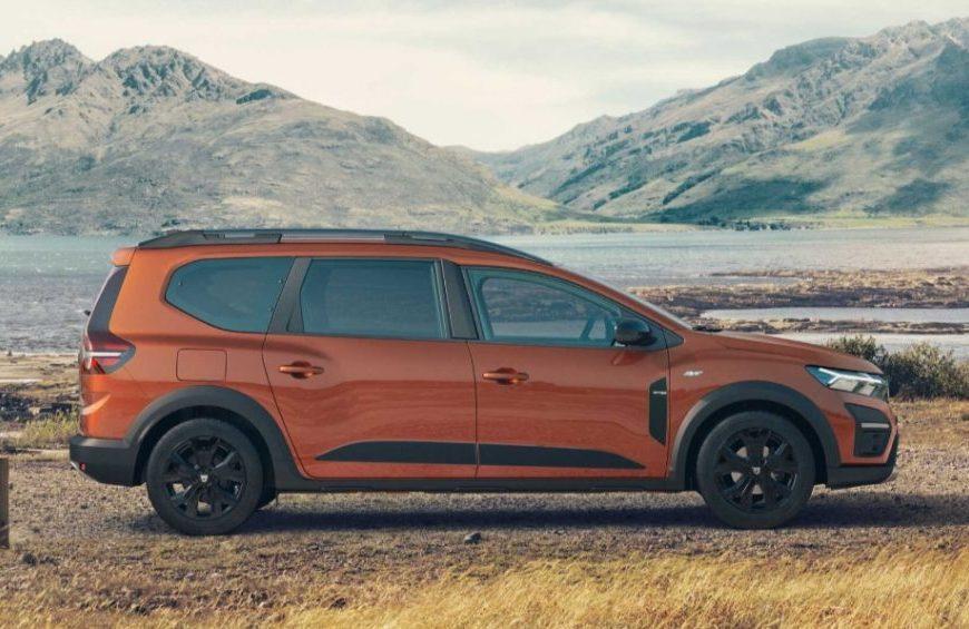 Dacia Jogger je nové sedemmiestne cenovo dostupné vozidlo.